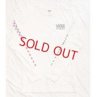 VANS 袖プリント LOGO LONG SLEEVE TEE WHITE/  バンズ ロゴ  ロングスリーブ Tシャツ USAモデル ホワイト