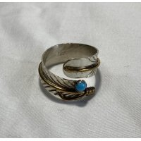 INDIAN JEWELRY  NAVAJO族  FEATHER RING SILVER ×GOLD TURQUOISE/ナバホ族  フェザー リング シルバー ゴールド ターコイズ インディアンジュエリー